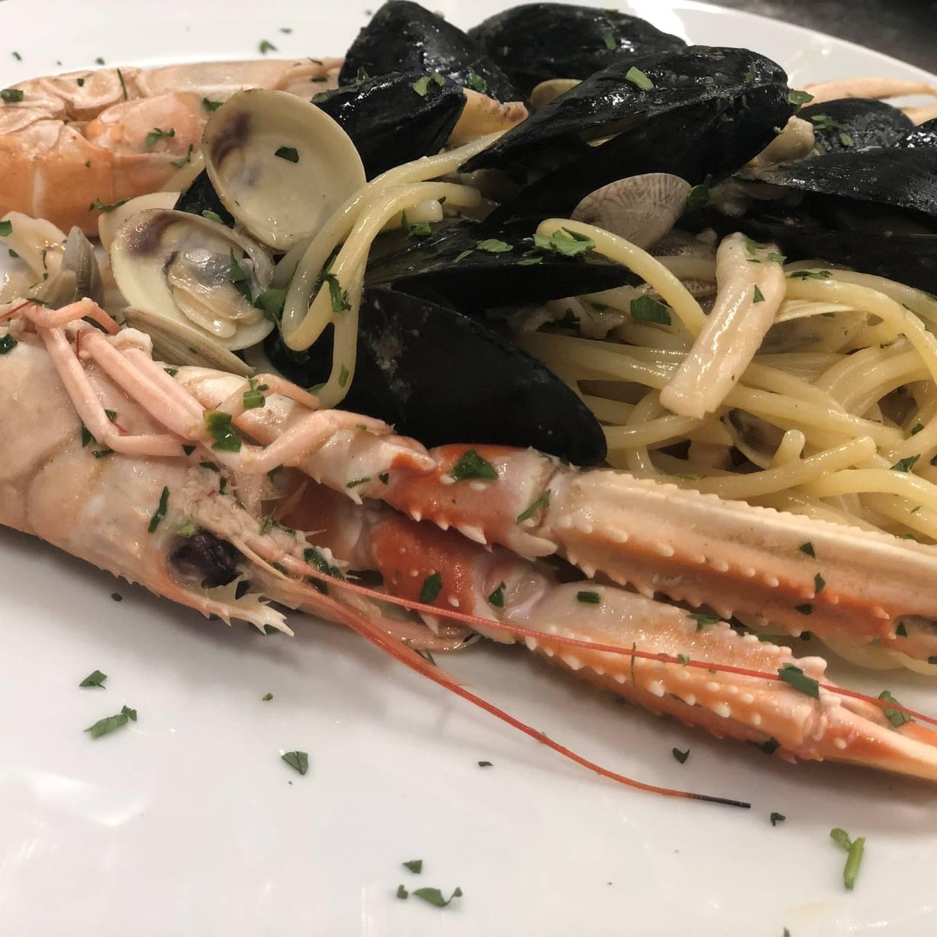 Spaghetti allo scoglio da Sebastiano Cekorja per il Ristorante Vanity