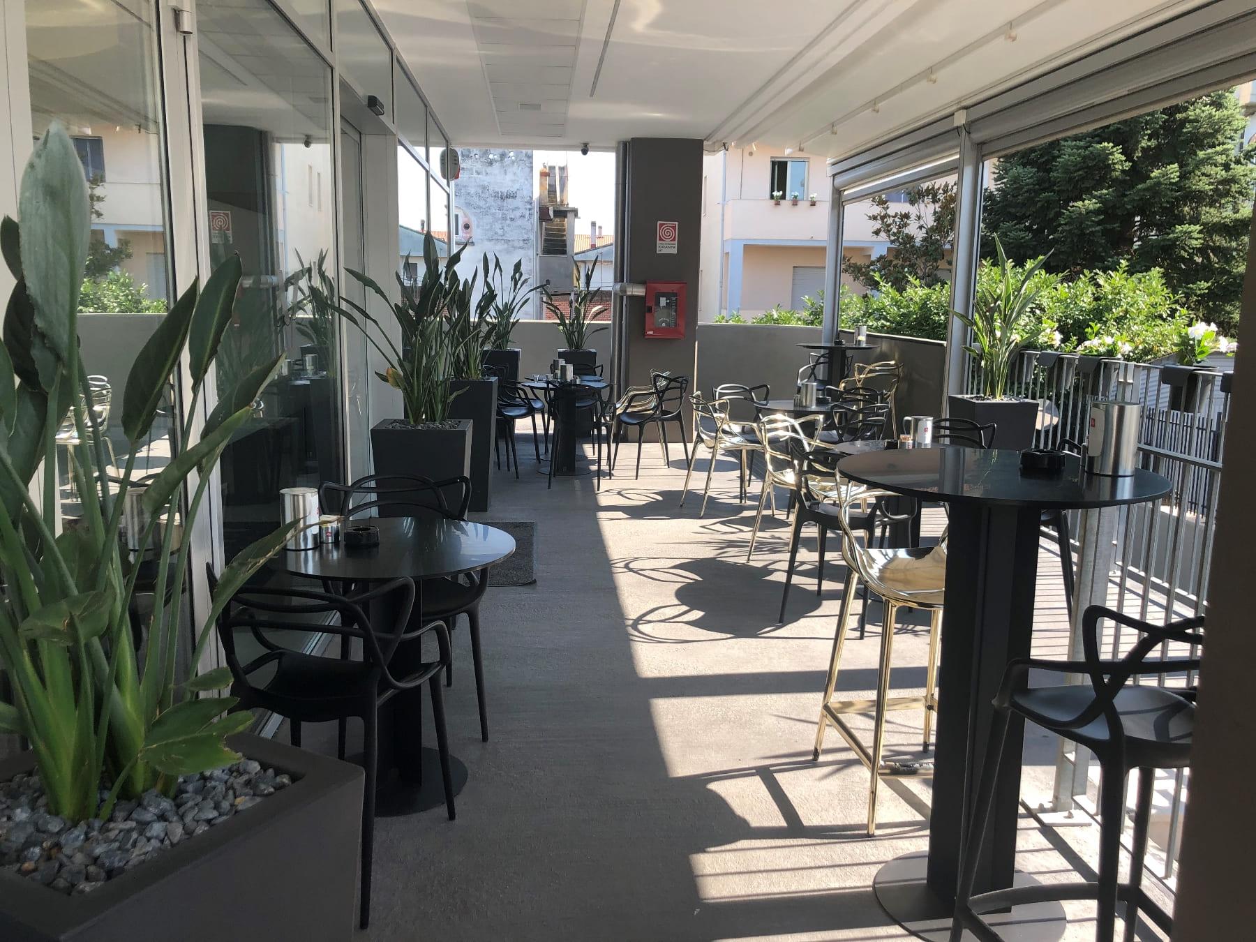 Terraza Esterno di Vanity Cafe